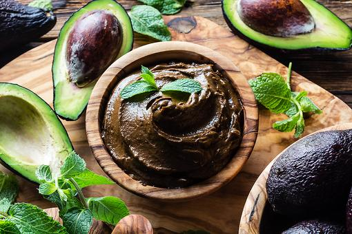 Chocolate Avocado Pudding With Cashew Cream: A Healthier Way to Satisfy Your Sweet Tooth!