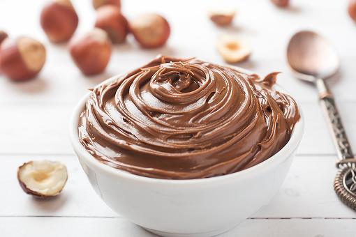 Easy Pudding Recipe: Creamy Chocolate Hazelnut Pudding Recipe (All You Need Is a Spoon)