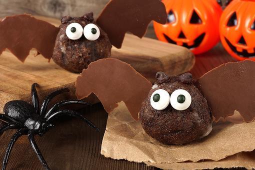 Chocolate Cake Ball Bats Recipe: Fun & Easy Halloween Cake Balls You'll Go Batty Over