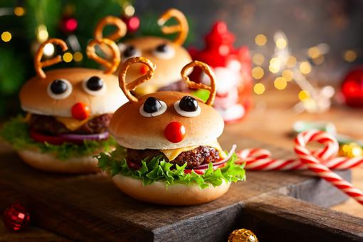 Christmas Food Fun: How to Turn a Hamburger Into Rudolph the Red-Nosed Reindeer