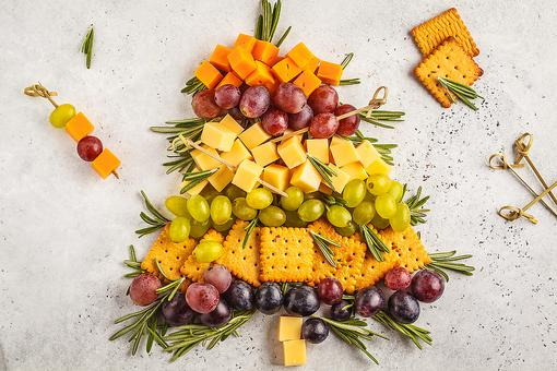 Christmas Tree Appetizer: How to Make a Festive Fruit & Cheese Holiday Snack Platter