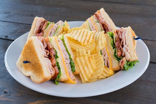 Classic Club Sandwich Recipe: This Tasty Club Sammies Recipe Is One Club You Can Really Get Into
