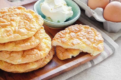 The Best Cloud Bread Recipe: How to Make Easy Keto Cloud Bread