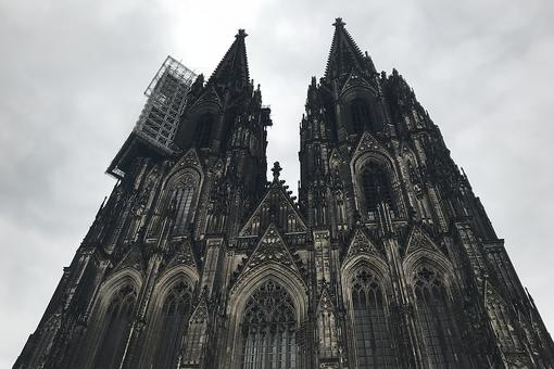Must-See World Heritage Site: Cologne Cathedral (Kölner Dom, Cathedral Church of Saint Peter) in Cologne, Germany