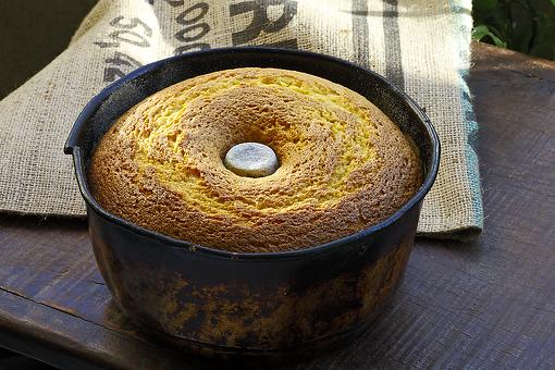 One-Bowl Cornmeal Cake Recipe: The Perfect Cornmeal Bundt Cake Recipe to Add to Your Recipe Collection