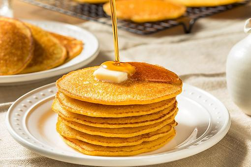 Best Johnnycakes Recipe: Fluffy Buttermilk Cornmeal Pancakes Recipe (aka Southern Hoe Cakes)