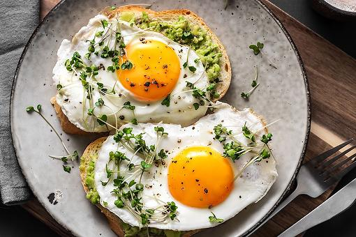 Creative Egg Recipes: Lemon Fried Eggs Recipe With Olive Oil, Thyme & Avocado