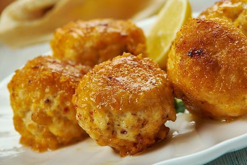 Cheesy Chicken Artichoke Balls Recipe: These Baked Chicken & Artichoke Snacks Will Go Fast