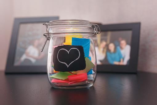 DIY Intention Jar: A Fun Way to Put Your Dreams Into Motion in 2020!