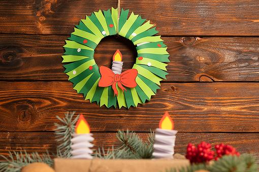 DIY Christmas Wreath Craft for Kids: How to Make Festive Holiday Wreaths Out of Construction Paper