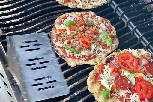 Debi Lilly's Grilled Pizza Recipe: Fire Up the Grill & Have a Pizza Party This Weekend