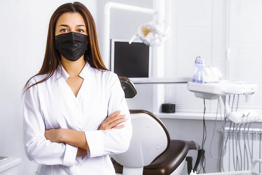 Going to the Dentist After Coronavirus Shutdown: A Dentist Shares Some Things We Can Expect