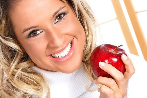 Diet & Environment Can Affect Your Skin: 6 Tips to Help From a Dermatologist!