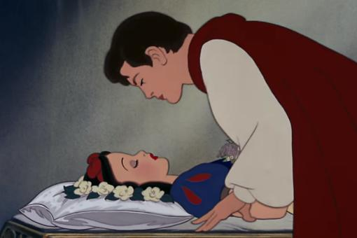 "Does ""Snow White"" Send the Wrong Message to Kids? Why the Disney Fairy Tale Is Being Attacked!"