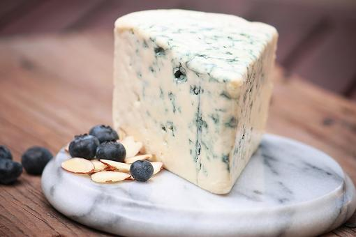 Don't Be Bleu: 7 Easy Ways to Use Blue Cheese!