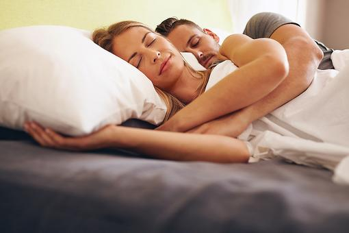 ​Drowsy After Another Restless Night? Here Are 5 Tips for a Good Night's Sleep!