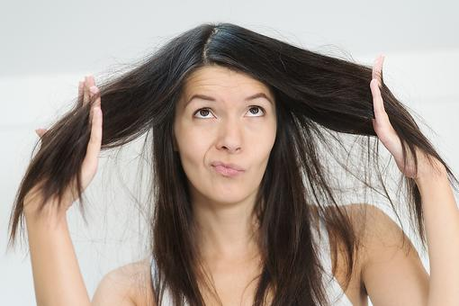 Dry, Damaged Hair: This DIY Remedy May Already Be in Your Kitchen Pantry!