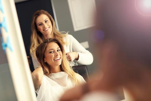 Dry Hair? Here's What My Hair Stylist Told Me Not to Do (& It Worked)!