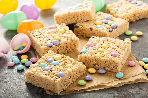 How to Make Easter Rice Krispies Treats (Dessert Doesn't Get Any Easier)!