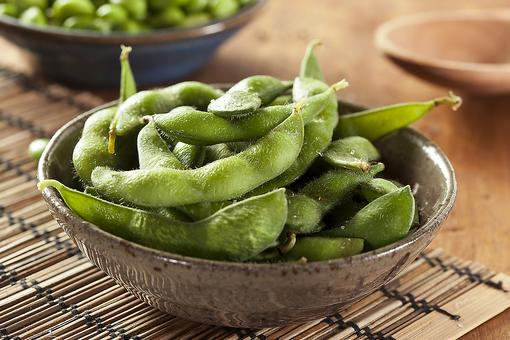 Easy Edamame: These Healthy Soybeans Are So Good For You!