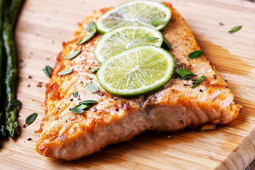 Easy Salmon Recipes: This Baked Salmon Recipe With Lime & Garlic Is a Quick, Healthy Dinner