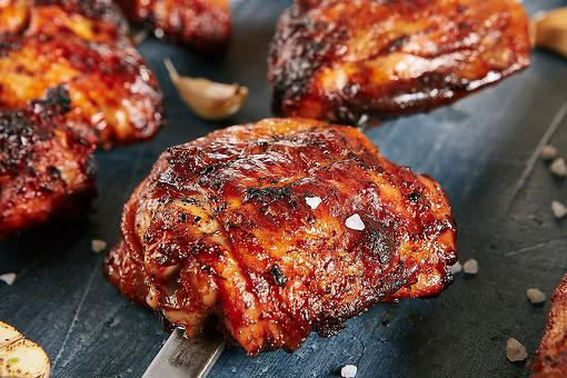 Easy Sriracha BBQ Chicken Thighs: This Easy Grilled Chicken Recipe Is Hot, Spicy & a Little Sweet
