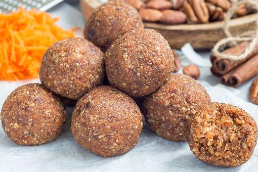 Energy Balls Recipe: This Easy Date, Pecan & Carrot Cake Energy Bites Recipe Will Put Pep in Your Step