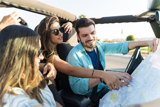 Enjoy Your Vacation, Not Your Smartphone: 5 Ways to Disconnect From Tech on a Road Trip