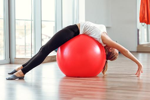 Exercise Balls for Fitness: How to Pick the Right Size Stability Ball for You!
