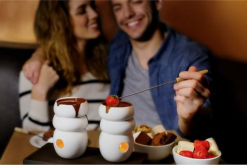"Experience Chocolate ""Max Brenner Style,"" An Indulgence Like No Other!"