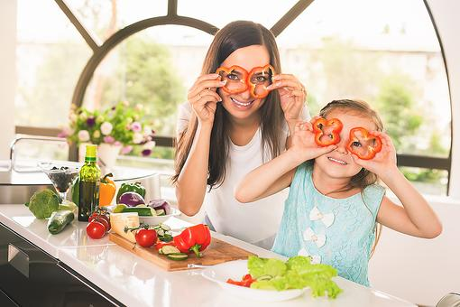 Family Meal Prepping: 3 Tips to Help You Live Healthier & Happier!