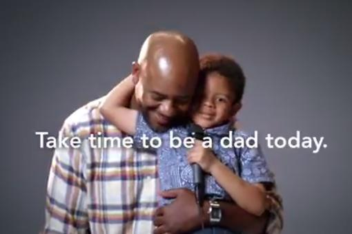 "Fatherhood Ads Use ""Dad Jokes"" As Focus (Dare Ya Not to Laugh)!"