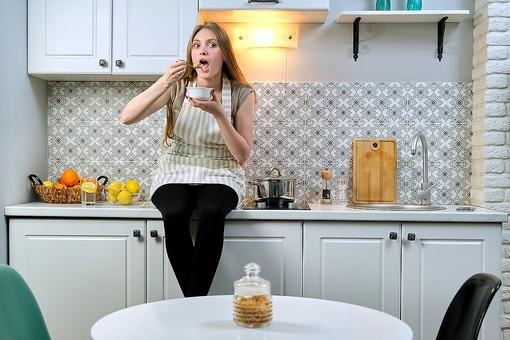 """Fighting the """"COVID-15"""": 3 Tips to Help You Snack the Healthy Way While at Home for Coronavirus Quarantine"""