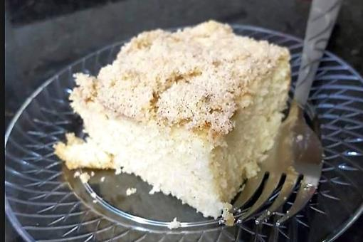 This French Crumb Cake Recipe Is a Sweet Reminder of Grandma's Kitchen