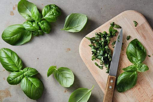 Fresh Herbs: Here's a Simple Way to Keep Herbs Fresher for Longer