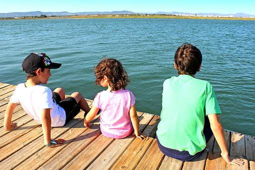 Get Your Kids Outside! Here Are 6 Healthy Reasons Why!
