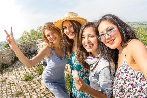 Girls' Trip: 5 Ideas to Help Jumpstart a Vacation With Your Busy Adult Friends