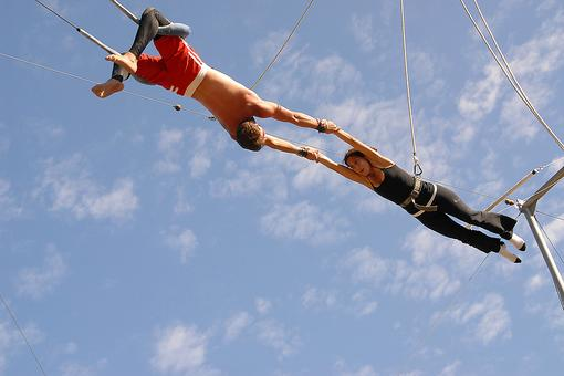 Give Trapeze School a Try: Families Who Fly Together (on a Trapeze) Bond Together! Check This Out...