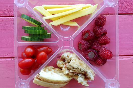 Go Bento With Pak'd! 4 Benefits of a Box Lunch for Kids!
