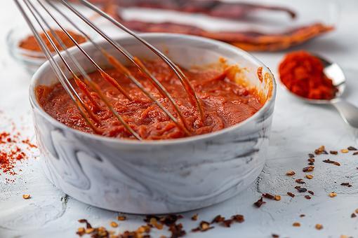 Gochujang Ketchup Recipe: Add a Spicy Kick With This Easy Korean-Inspired Ketchup Recipe