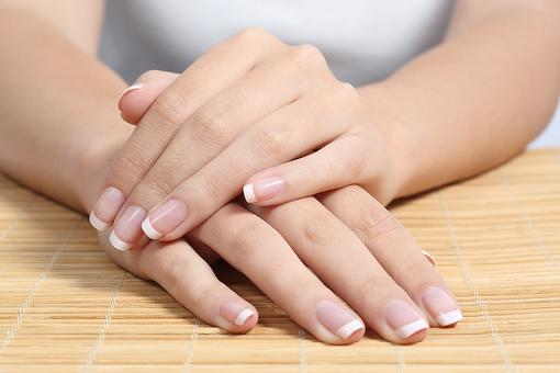 Got Weak & Peeling Nails? How to Get Healthier, Stronger Nails!