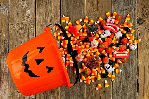 Halloween Candy Overload: 5 Ways to Teach Kids a Balance!