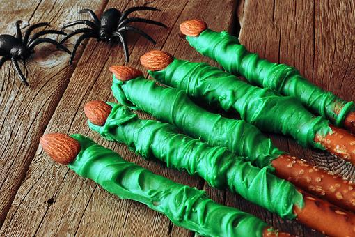Halloween Finger Food: ​How to Turn Pretzels Into Frankenstein's Fingers