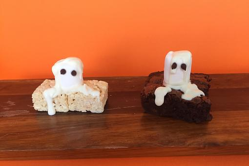 Halloween Hack: How to Turn Pre-made Sweets Into Ghost Treats Fast!
