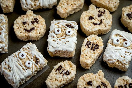 Quick Halloween Treats for Kids: How to Give Rice Krispies® Treats a Halloween Makeover in Minutes