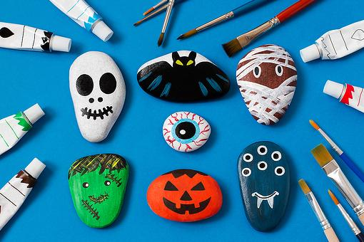 Rock Painting Ideas: Halloween Rock Painting Is an Inexpensive Craft for Kids & Adults