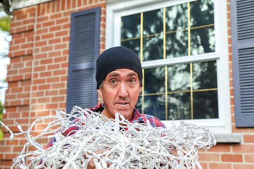 How to Organize Christmas Lights: Share Your Holiday Lights Tips & Hacks With This Frustrated Dad