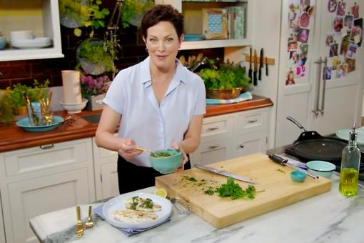 "Health Benefits of Fish: 5 Reasons Every ""Body"" Loves Fish From Ellie Krieger!"
