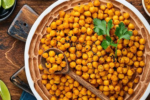 Healthy Turmeric Chickpeas Recipe: Snack on This Protein-Packed 4-Ingredient Chickpea Recipe or Up Your Side Dish Game