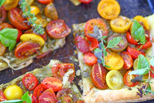 Heirloom Tomato Tart With Lemon, Fresh Herbs & Ricotta Is Ready in 30 Minutes